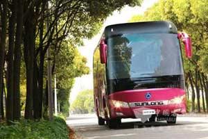 申龙SLK6118豪华旅游客车之驾乘体验