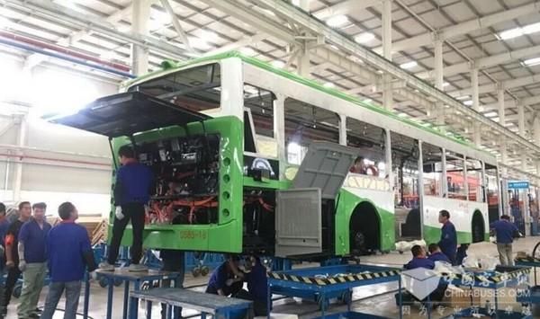 绿色出行又进步!比亚迪纯电动双层巴士2018年7月与西安市民见面