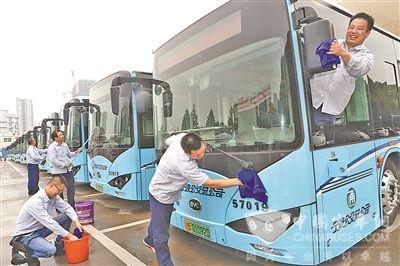 浙江宁波:镇海区投放首批纯电动公交车比亚迪K8
