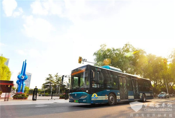 山东:济南公交发展新引擎动力十足