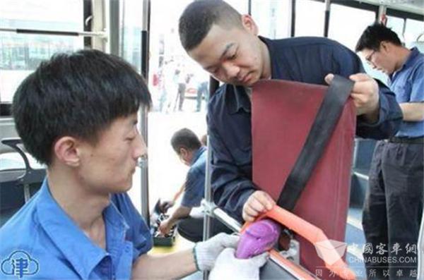 """天津:服务于残运会的100辆无障碍公交专项""""体检"""" 已完成"""
