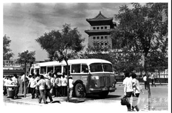 穿越历史时空,北京公交5路龙脊线上的客车体验