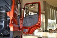 东风商用车 天龙重卡 340马力 4X2 国四牵引车(13T后桥)(DFL4181A6)