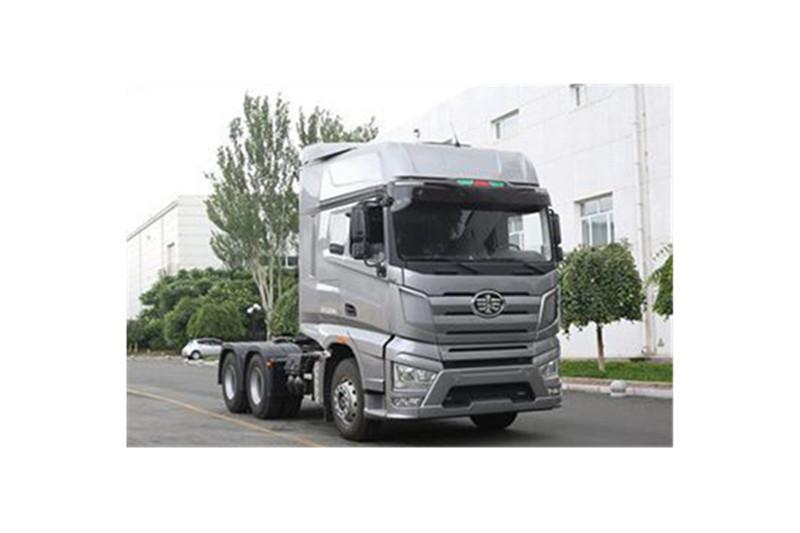 一汽解放 J7重卡 500马力 6X4 国五牵引车(CA4250P77K25T1E5)