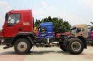 东风柳汽 乘龙准重卡 220马力 4X2 国四牵引车(LZ4150M3AA)