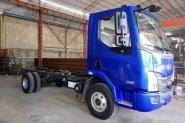 东风柳汽 乘龙L3 160马力 4X2 4.2米 国五单排栏板轻卡底盘(LZ1041L3AB)