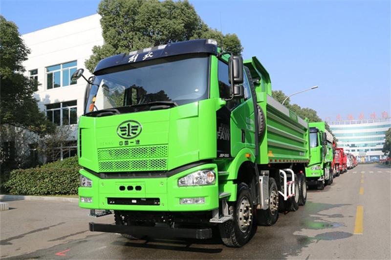 一汽解放 J6P重卡 420马力 8X4 8.2米 国五自卸车(CA3310P66K24L6T4AE5)外观图片