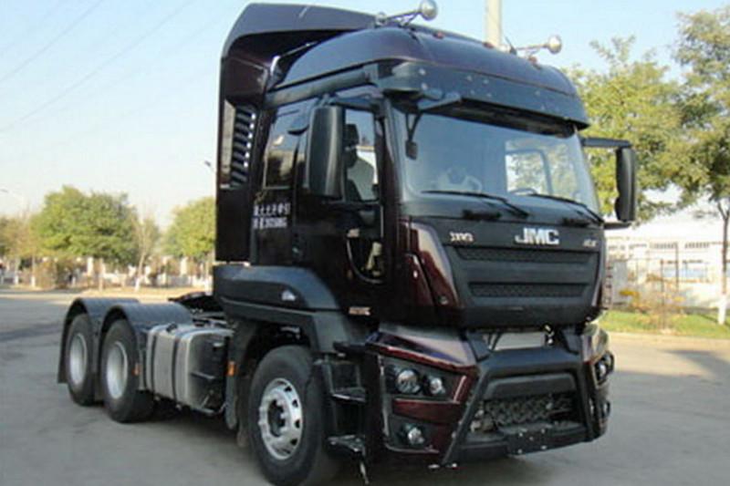 江铃重汽 福特Cargo重卡 420马力 6X4 国五牵引车(SXQ4250J4A3D5)