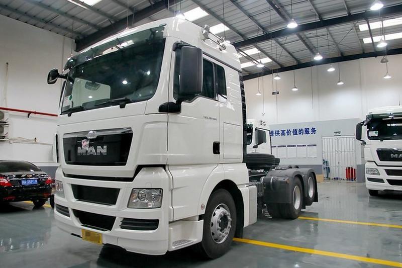 曼(MAN) TGX系列重卡 480马力 国四 6X2牵引车(型号:28.480)