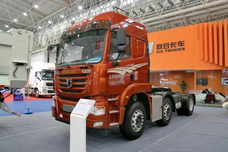 联合卡车 V340重卡 2015款 340马力 6X2 国四 牵引车(SQR4251D6ZT2-2)外观图片