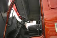 联合卡车 V340重卡 2015款 340马力 6X2 LNG 国五 牵引车(SQR4252N6ZT2-3)