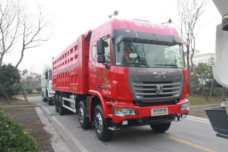联合卡车U390 标载型 390马力 8X4 8.2米 国五 自卸车(QCC3312D656-3)