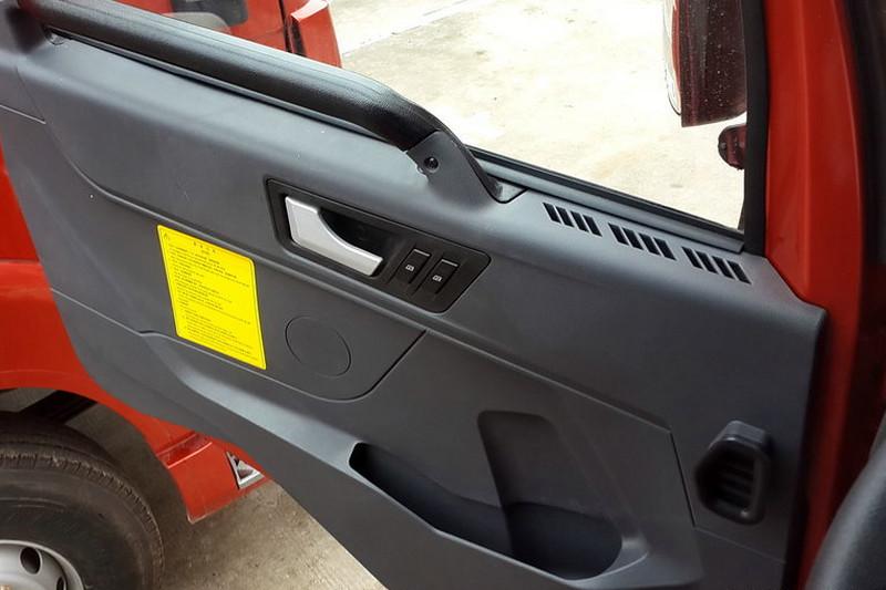 一汽解放青汽 途V重卡 430马力 8X4 国五载货车底盘(CA1320P2K2L7T4E5A80)驾驶室图片