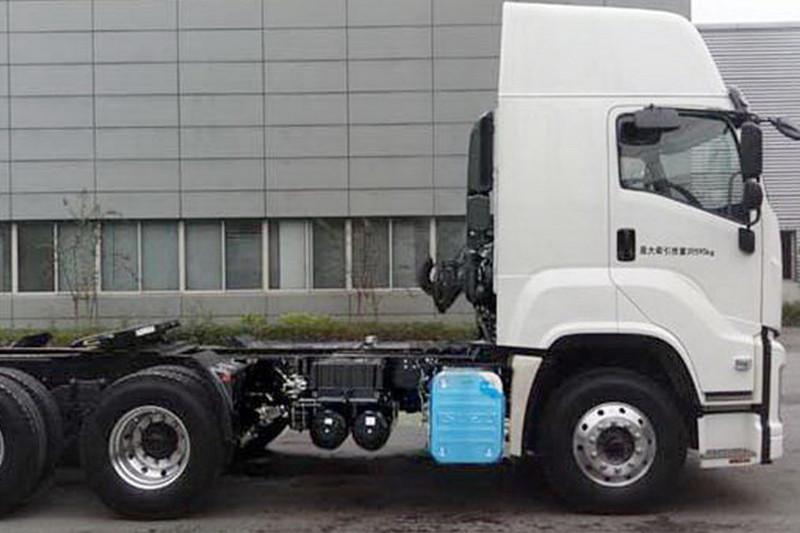 庆铃 VC61重卡 460马力 6X4 国五 牵引车(QL4250W2NCZ)