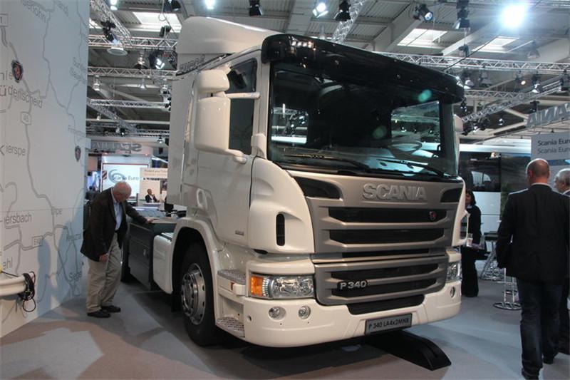 斯堪尼亚 P系列重卡 340马力 4X2 国五LNG牵引车(LA4X2MNB)