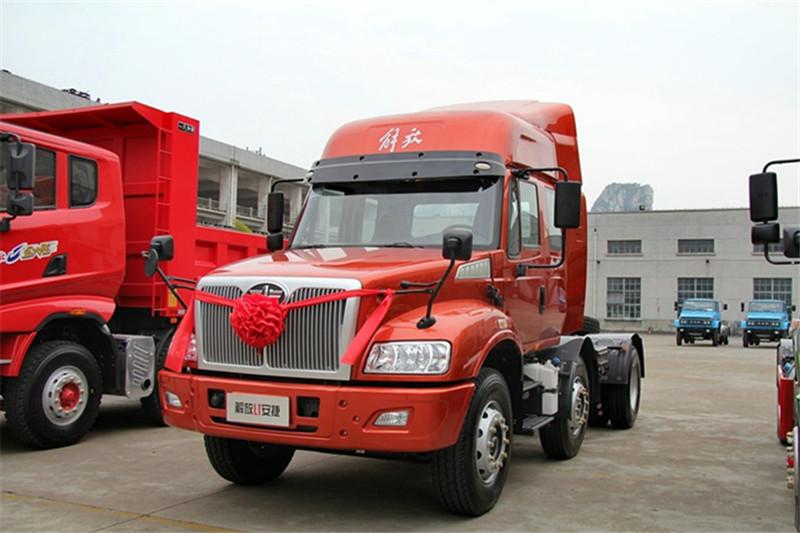 一汽解放柳特 安捷(L5R)重卡 350马力 6X4 国五牵引车(CA4255K2E5R5T1A92)外观图片