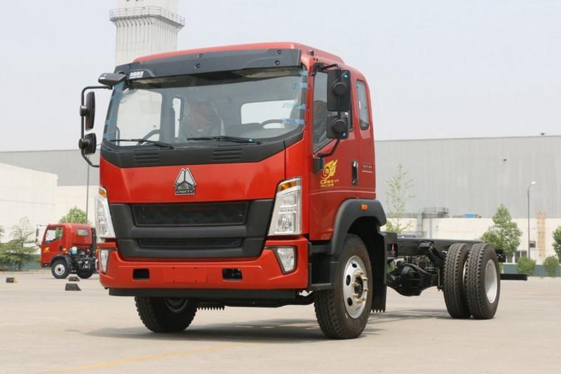 中国重汽HOWO G5X中卡 210马力 6.2米 4X2 国五厢式载货车底盘(ZZ5167XXYG471DE1A)