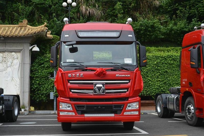 徐工 漢风G7重卡 336马力 4X2 国五 牵引车(NXG4180D5WA)
