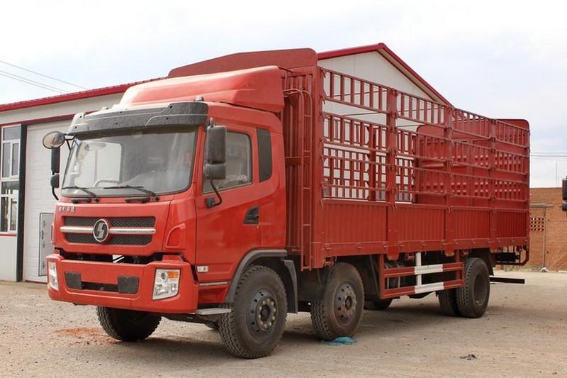 陕汽商用车 轩德X6中卡 轻量化版 220马力 6X2 8.6米国五 厢式载货车(SX5254XXYGP5)