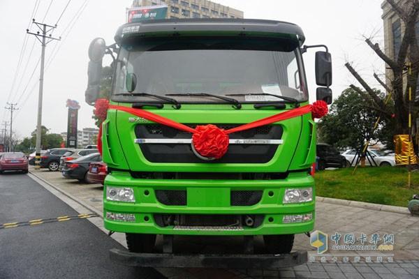 中国重汽商用车新斯太尔智能渣土车